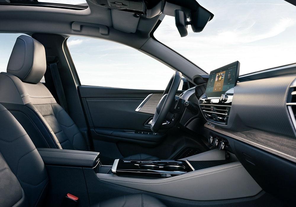Citroen C5X - новая ведущая модель французского концерна