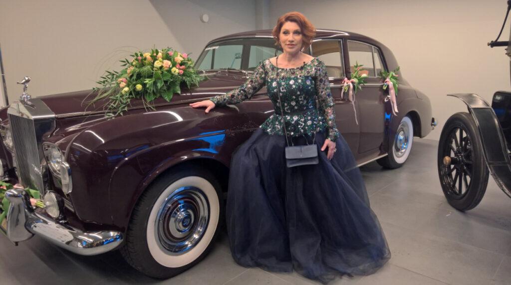 Сябитова со своим раритетным Rolls-Royce