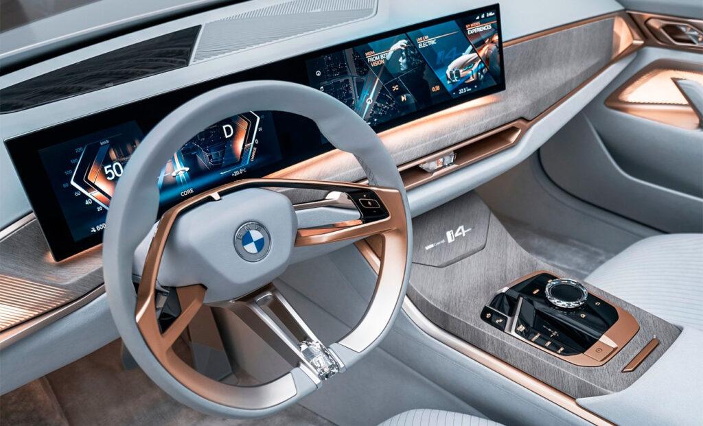 Мультимедийно-информационная система BMW i4 Concept