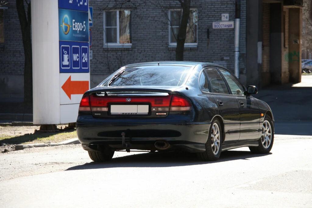 Mazda 626 GE выпуска 1992 г. даже в наши дни выглядит уместно
