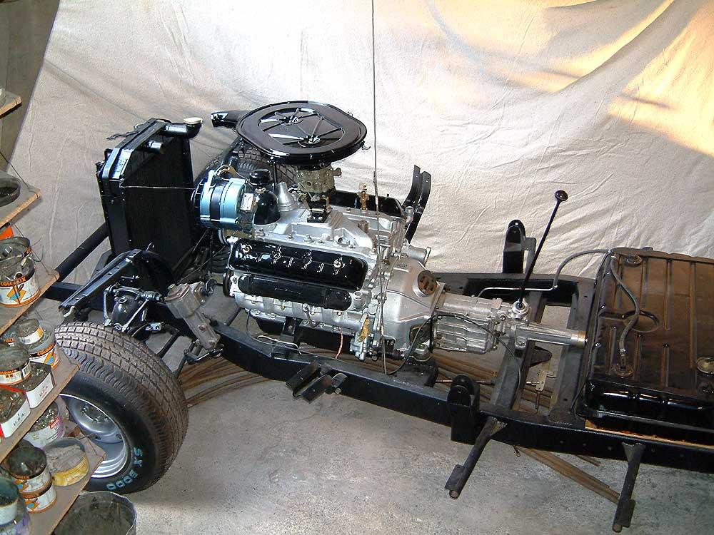 Двигатель – V-образная восьмерка ЗМЗ-41 мощностью 140 л.с.