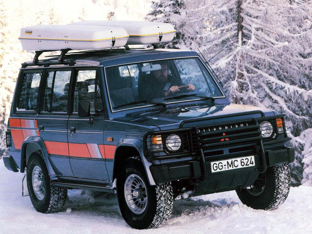 Первое поколение (1982-1991)