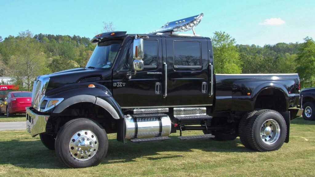 Commercial Extreme Truck