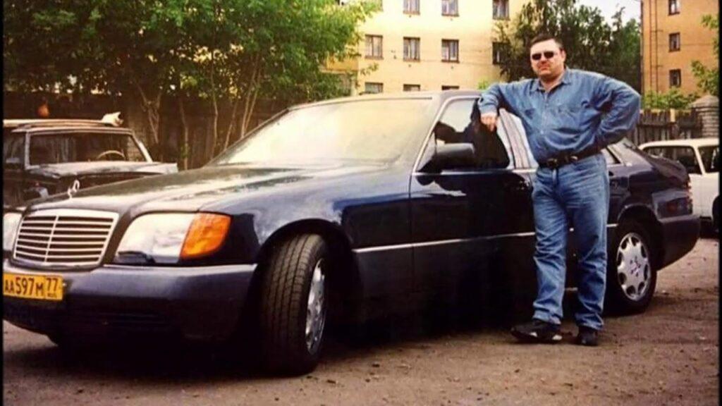 Михаил Круг со своим Mercedes