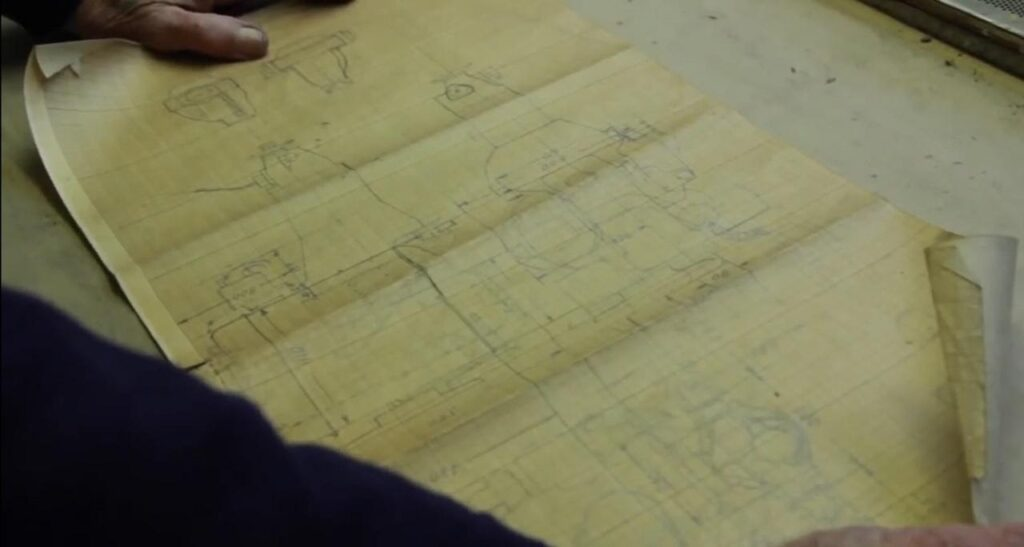 Для получения государственных номерных знаков надо было подготовить комплект конструкторской документации