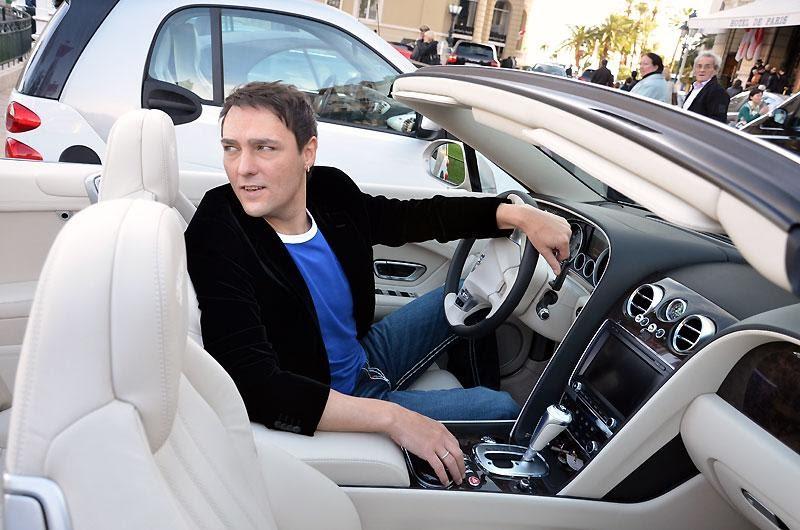 Юрий Шатунов за рулем