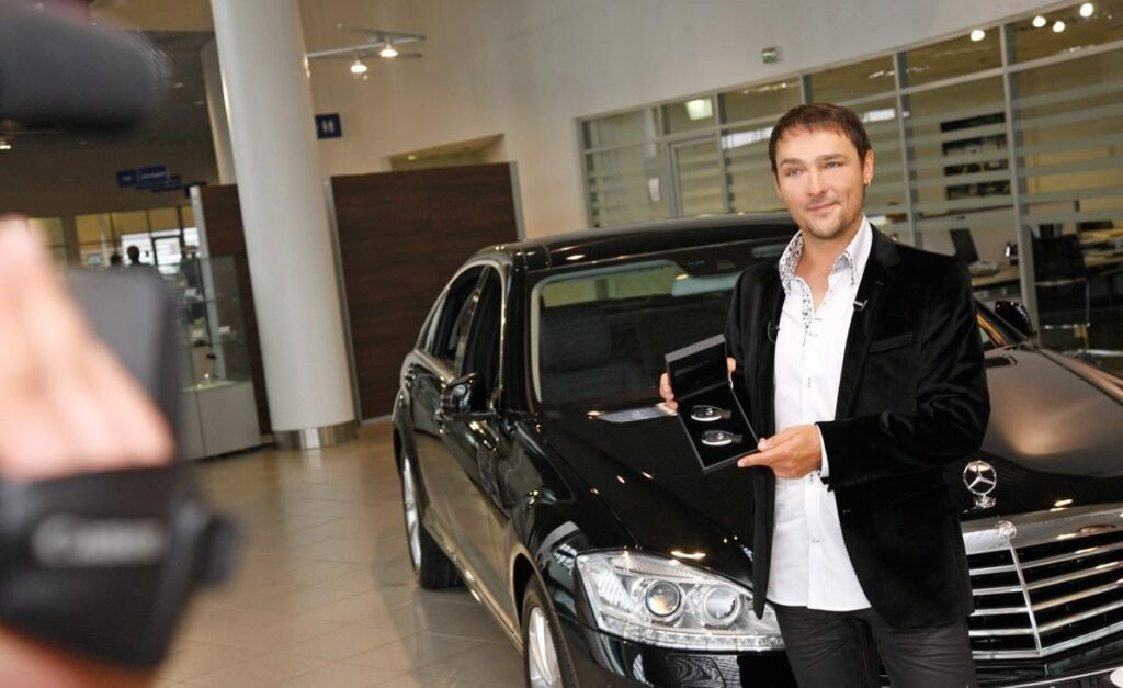 Юрий Шатунов со своим Mercedes