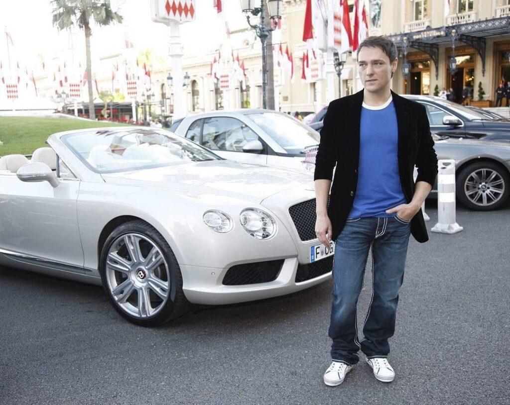 Шатунов со своим Bentley