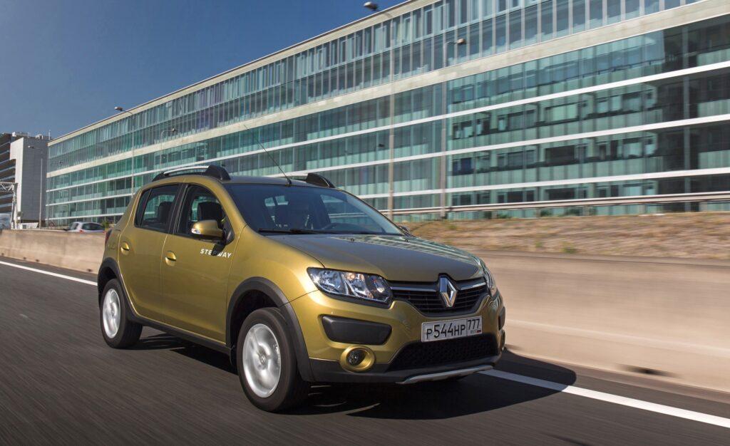 """Как купить машину Renault без лишних наценок практически """"с завода"""""""