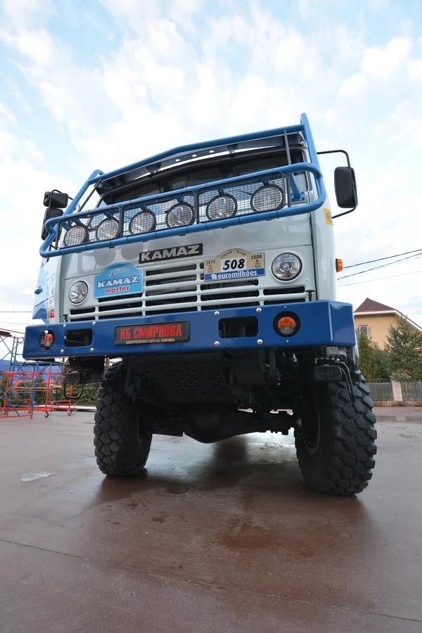 Знаменитый КамАЗ из ралли Париж-Дакар можно купить за 15 млн. рублей