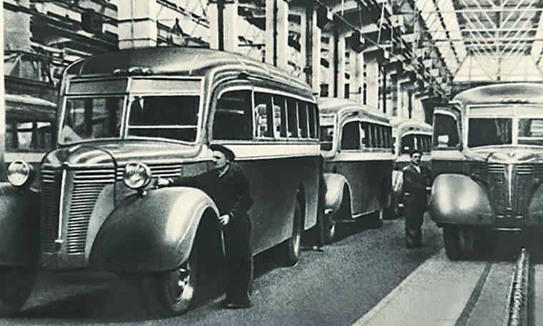 Автобусы ЗИС-16