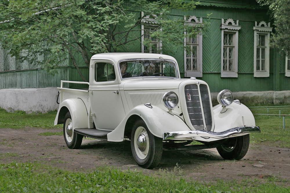 Редкий экземпляр – советский пикап ГАЗ-М415