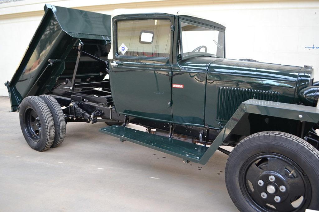 Самосвал ГАЗ-410