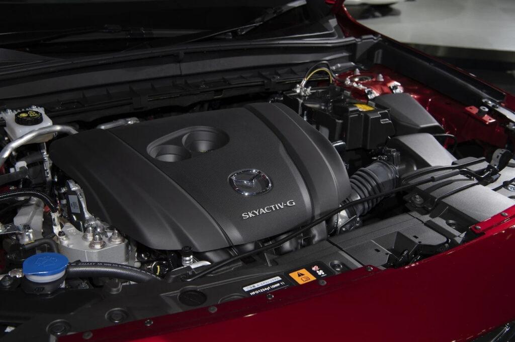 Моторный отсек «мягкого» гибрида Mazda MX-30