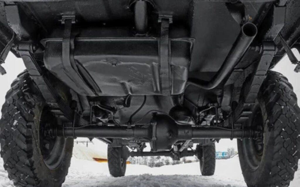 Большой дорожный просвет и усиленная подвеска – главные преимущества модели