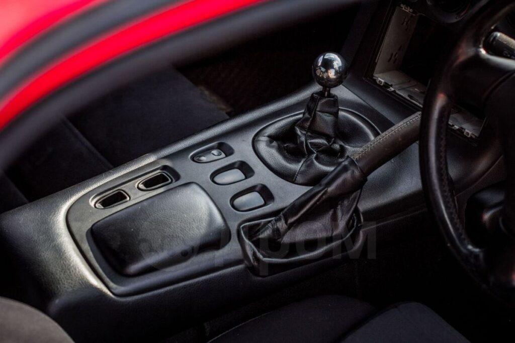 Mazda RX-7: когда одновременно стильный и быстрый, но не дешевый