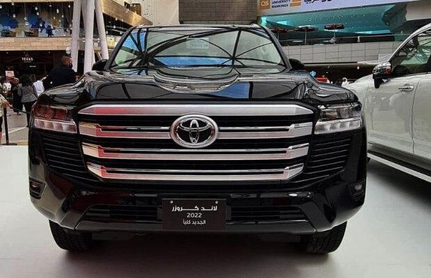 Сколько стоит самый дешевый обновленный Toyota Land Cruiser 300?