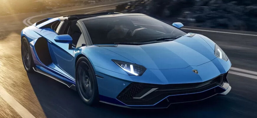 "Lamborghini провожает Aventador на заслуженную ""пенсию"""
