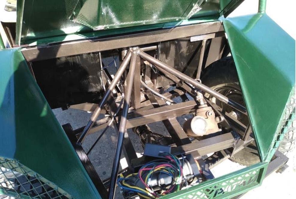 Центральное размещение двигателя улучшило развесовку