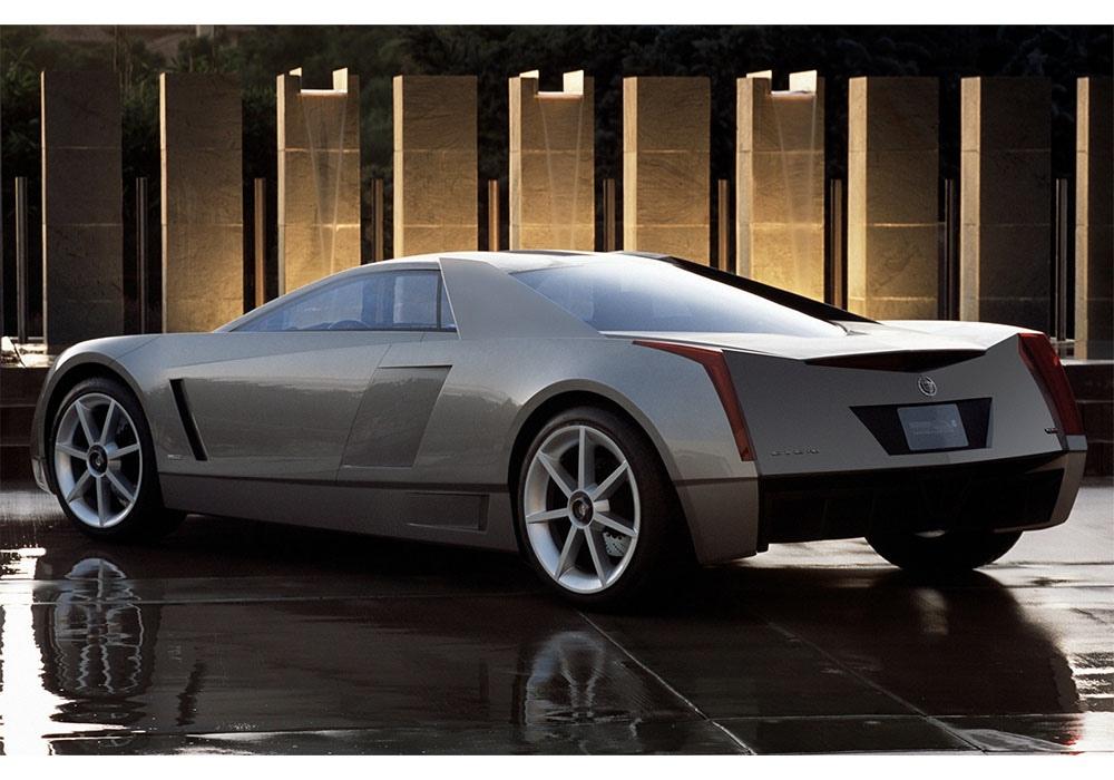 Cadillac Cien - что общего у него и истребителя кроме скорости?