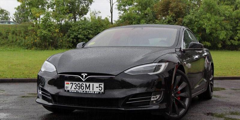 Опыт эксплуатации электромобиля Tesla - что с кузовом за три года?