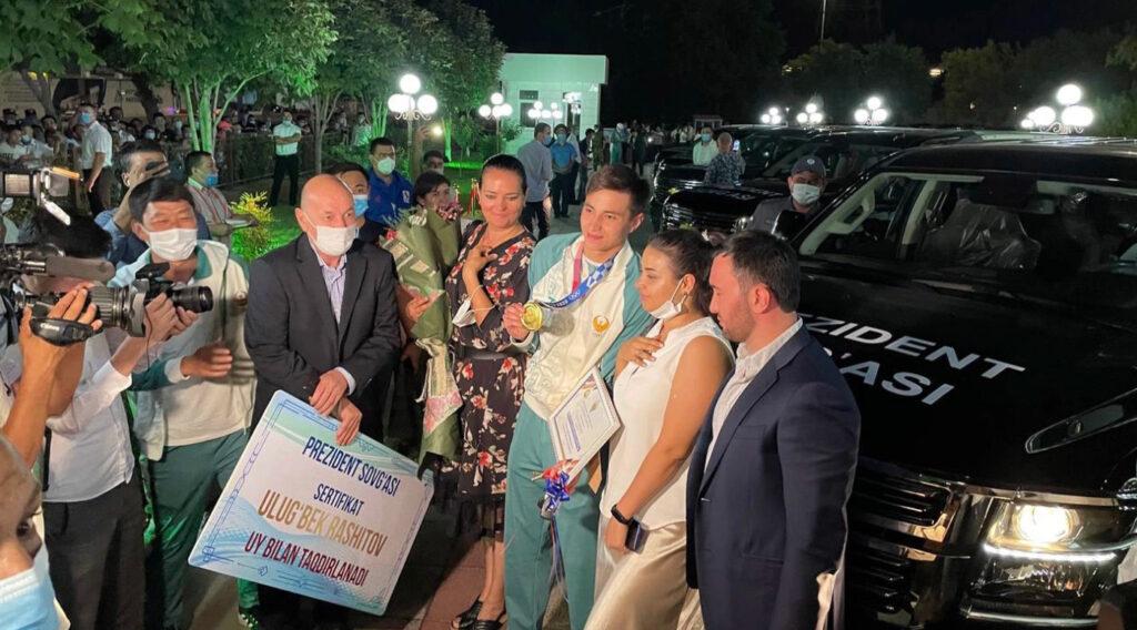 Призы для спортсменов в Узбекистане