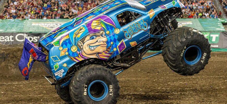 Как выглядит «монстр-трак» - автомобиль для зрелищных соревнований