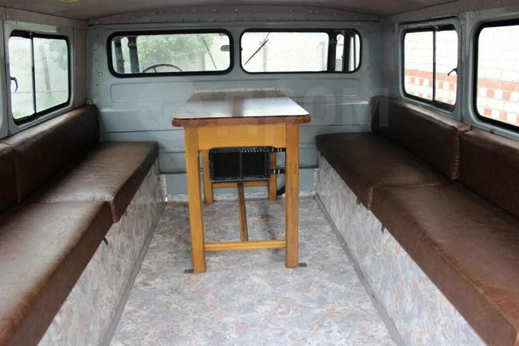 Практичное и удобное оформление пассажирского салона