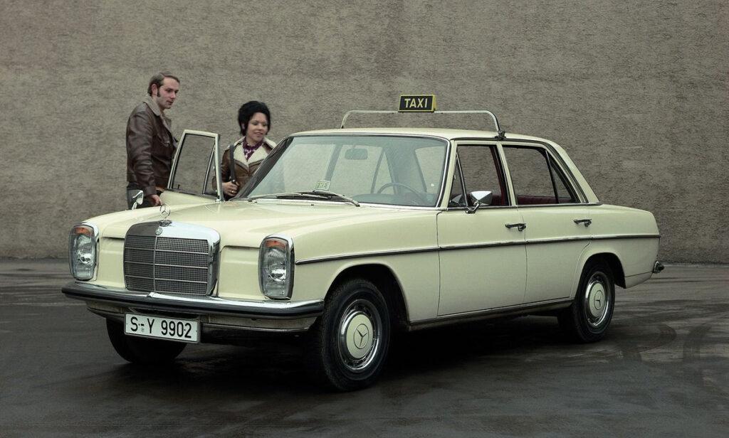 Модели этой серии часто покупали немецкие таксисты, которые наезжали без существенных поломок более миллиона километров
