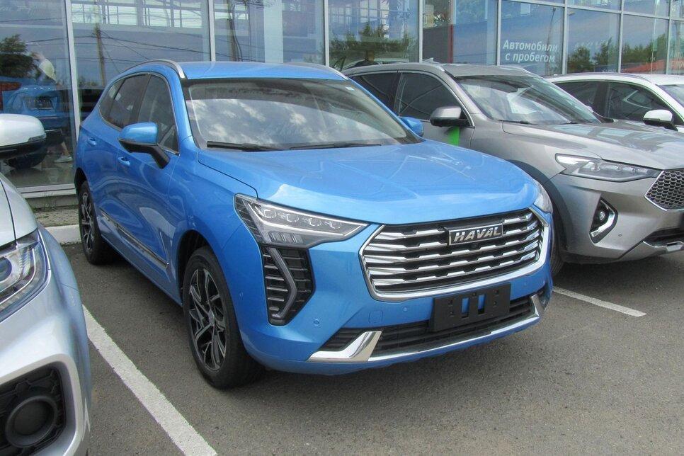 Единственный свободный автомобиль в Иркутске – с «неходовым» голубым цветом кузова
