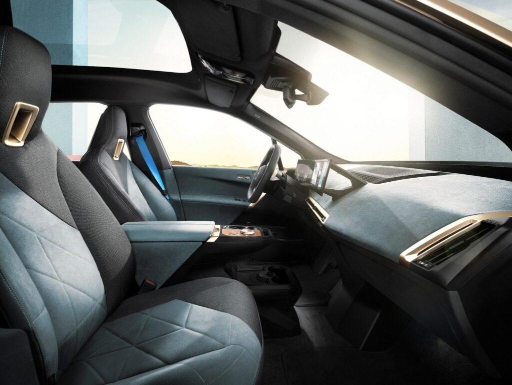 Интерьер BMW iX