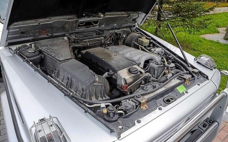 Мотор Mercedes G300 отличается высокой надежностью – средний пробег без капитального ремонта более 500000 км