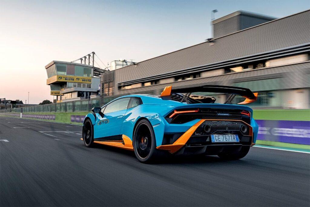 «Родная стихия» Lamborghini Huracan STO – специализированная гоночная трасса