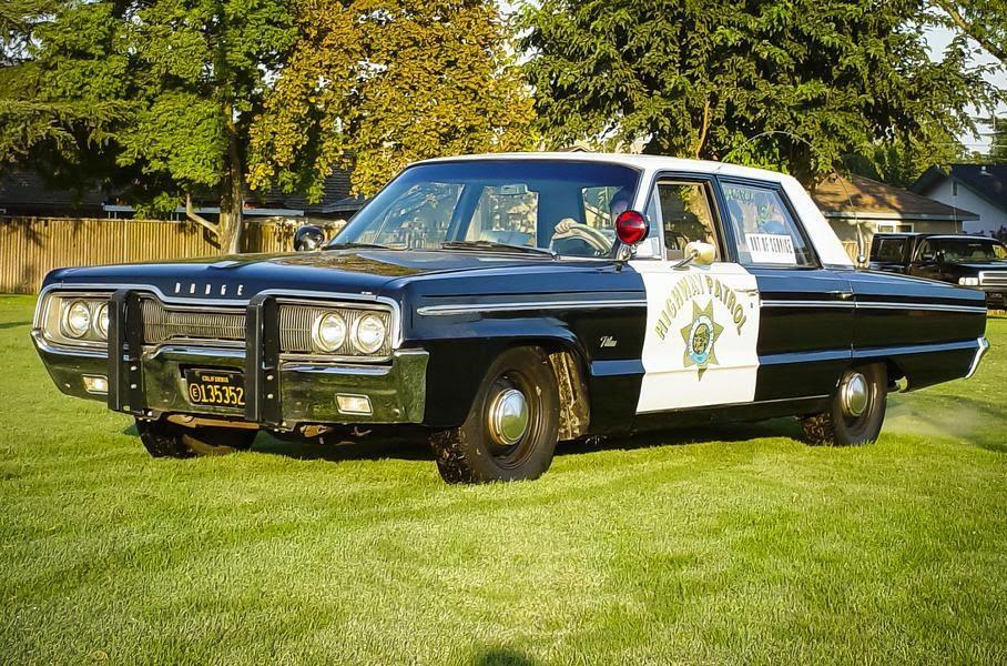 Dodge Polara Pursuit 1966 г. выпуска разогнали до 236 км/ч при проведении профессиональных соревнований