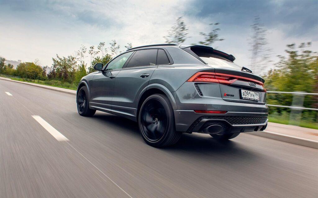 Автомобиль хорошо оснащен для динамичной езды