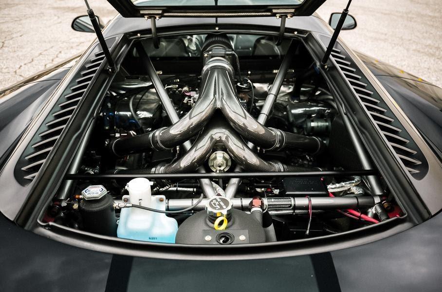 Усовершенствованный двигатель с двумя турбинами