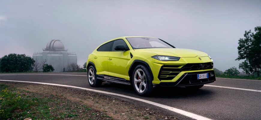 Lamborghini Urus vs Audi RS Q8 - найдутся ли отличия?