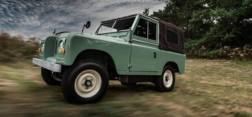 Новая тенденция в автомобилестроении: перевод «классики» на электротягу