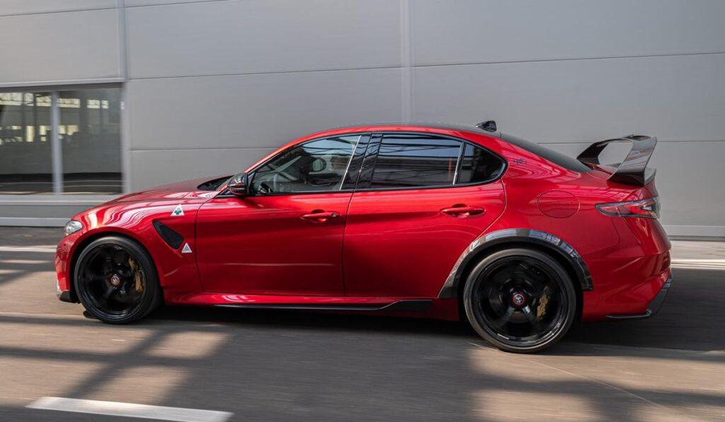 Как продать 500 машин за 1,5 года: обзор Alfa Romeo Giulia GTA