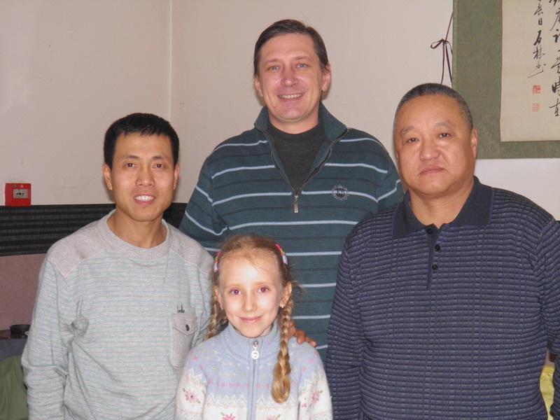 Слева на право: Ма, София, Влад, Джо