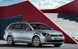 Укороченная решетка радиатора и новая Scirocco-образная оптика - визитная карточка современного Volkswagen.