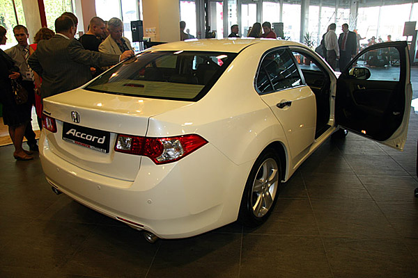 Презентация Honda Accord 8 - фото 4