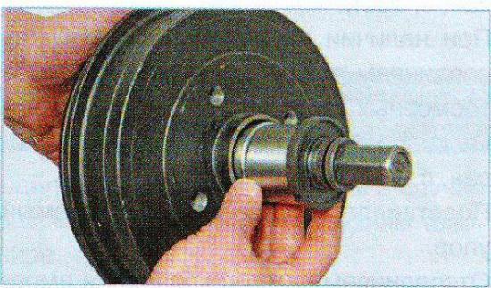 Замена подшипника задней ступицы рено логан своими руками