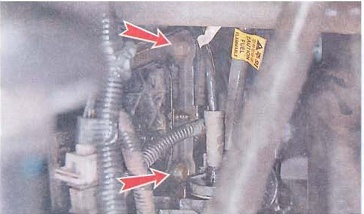Где находиться датчик температуры охлаждающей жидкости в лачетти