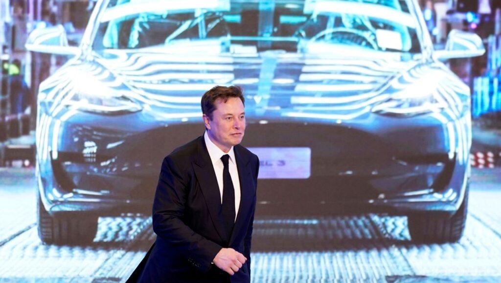 Илон Маск и раньше рассказывал о планах корпорации построить автомобиль в бюджетной ценовой категории