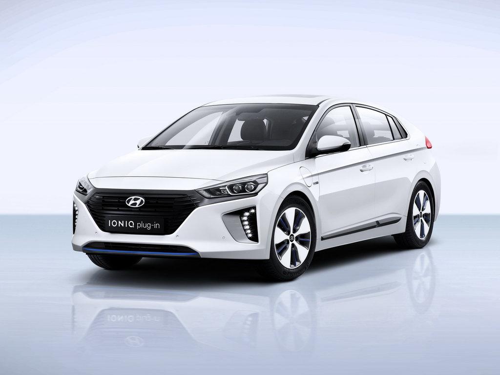Что касается нового суббренда Ioniq, его наименование так же, как и в случае с Genesis, заимствовано у одной из модели Hyundai