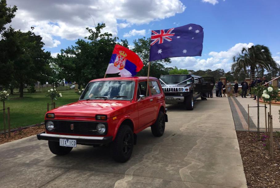 Подобные этой модели автомобили «Нива» активно поставлялись советским, а после российским, государством на австралийский автомобильный рынок до 1992 года