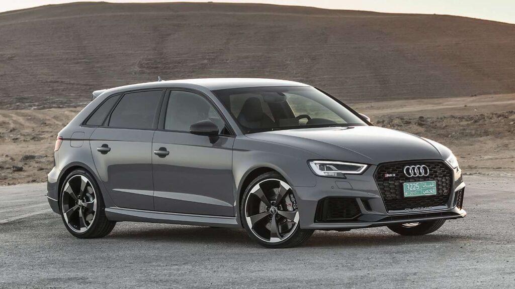 Предыдущее поколение Audi RS3