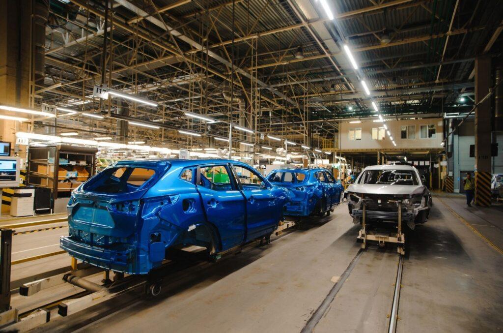Российский автомобильный завод Ниссан