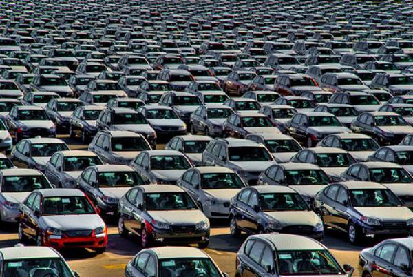 Представители крупных автомобильных компаний заверили о своей готовности повышать стоимость на свои автомобили